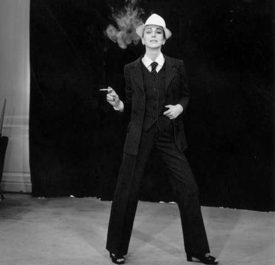 saint-laurent-smoking-fminin